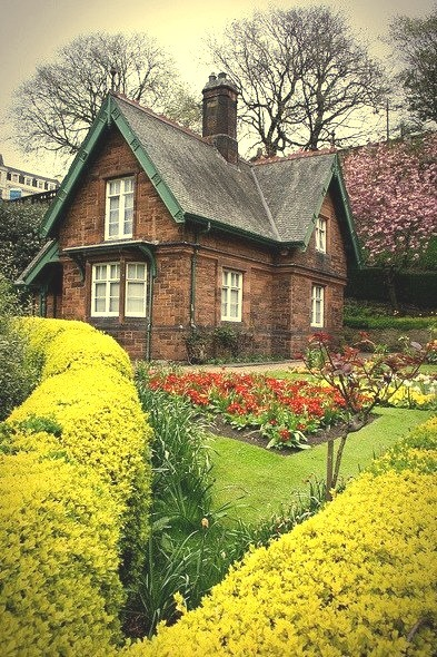 Garden Cottage, Edinburgh, Scotland